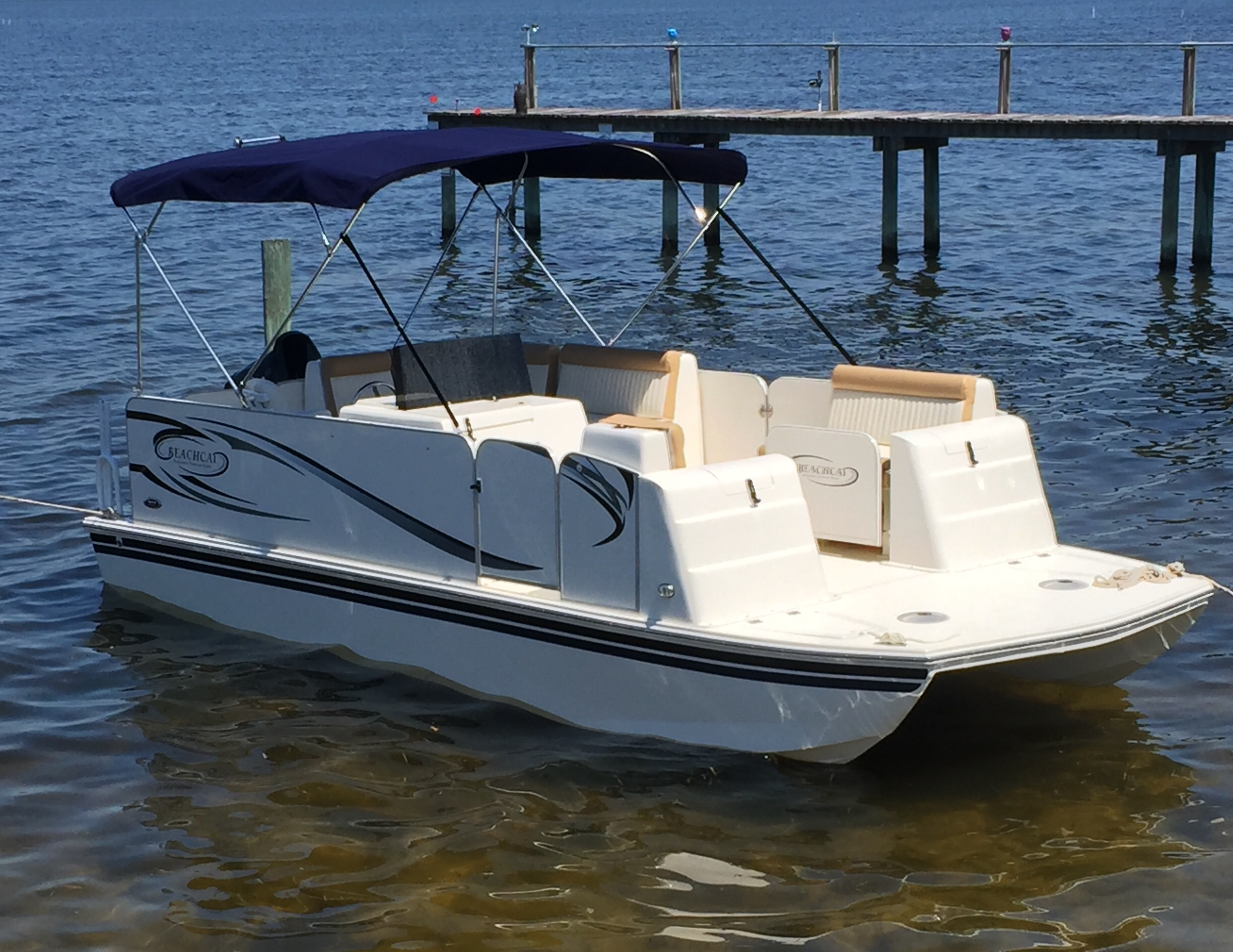 About beachcat beachcat saltwater pontoon boats for Offshore fishing boat manufacturers